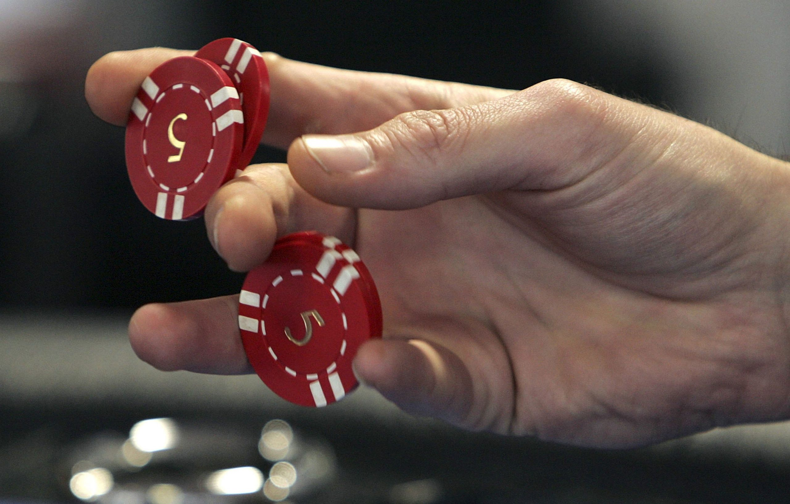 How You Can Become a Professional Poker?