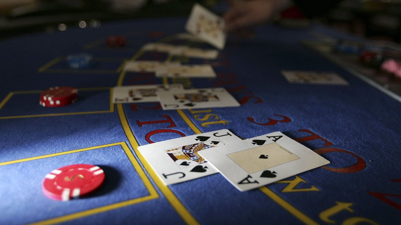 How People Are Able To Make Money From Gambling Online